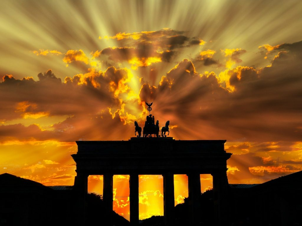 brandenburger-tor-201939_1280, Open Book Blog Hop