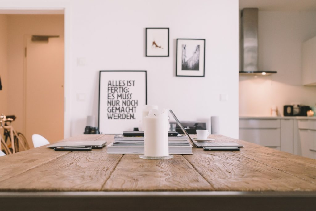 , Unsplash.com, The Problem With Online Writing Advice, So You Want to learn german