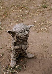 the-figurine-921853_1920