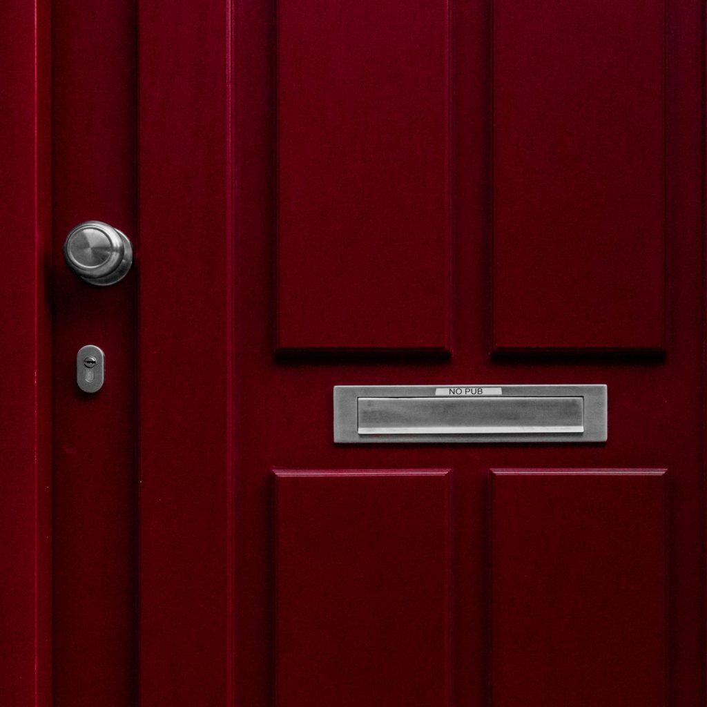 open book blog hop red door with silver fixtures